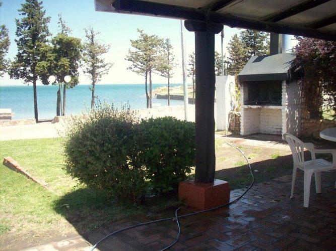Vendo casa excelente ubicación en el Club de Pescadores, El Nihuil.